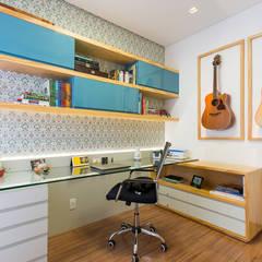 Apartamento Bairro Prado - BH/MG: Escritórios  por Mímesis Arquitetura e Interiores