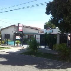 Restaurantes de estilo  por Arq. Alberto Quero