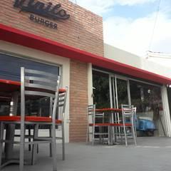 Remodelacion Local de Comida Rapida: Restaurantes de estilo  por Arq. Alberto Quero