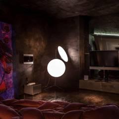 Play Video Area: Sala multimediale in stile  di Piertito Cardillo    Interior   Design   Architecture