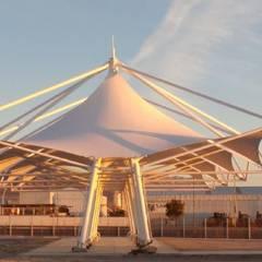 Terminal Rodoviario de Calama: Espacios comerciales de estilo  por Espacio Cubierto