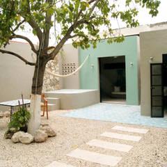 توسط Quinto Distrito Arquitectura اکلکتیک (ادغامی) کاشی