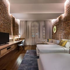 Loke Thye Kee Residences:  Hotels by MinistryofDesign,Asian