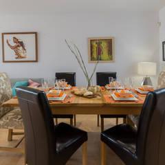 Home Staging en villa de alquiler vacacional: Comedores de estilo  de Home & Haus | Home Staging & Fotografía