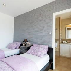 Dormitorio invitados: Dormitorios de estilo  de Home & Haus | Home Staging & Fotografía