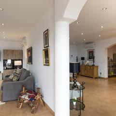 Salón comedor: Salones de estilo  de Home & Haus | Home Staging & Fotografía