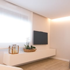 Livings de estilo  por Rooms de Cocinobra, Mediterráneo