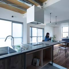 yasu-house-renovation: ALTS DESIGN OFFICEが手掛けたキッチンです。