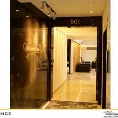 Vestibule:  Corridor & hallway by malvigajjar