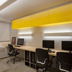 Arbeitszimmer von Tripper Arquitetura