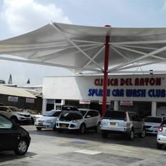 : Centros comerciales de estilo  por ION arquitectura SAS,
