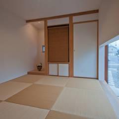 アンドの家: FrameWork設計事務所が手掛けた和室です。,北欧