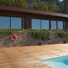 RUSTICASA | 100 projetos | Portugal + Espanha por Rusticasa Rústico Madeira Acabamento em madeira