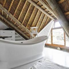 Kleinbos:  Bathroom by Full Circle Design