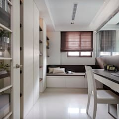 Ruang Kerja by 築一國際室內裝修有限公司