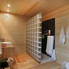 حمام تنفيذ Rusticasa, تبسيطي خشب Wood effect