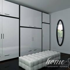 Black and white: styl , w kategorii Garderoba zaprojektowany przez Home Atelier