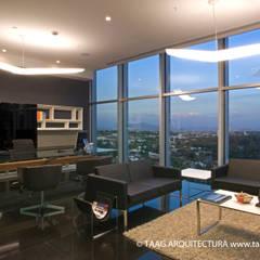 Oficina Dirección Corporativo Andares: Estudios y oficinas de estilo escandinavo por TaAG Arquitectura