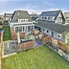 Verbouwing woning Vinkeveen:  Huizen door Architectenbureau Ron Spanjaard BNA