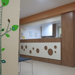 Consultório Pedriátrico: Clínicas  por DH Arquitetura