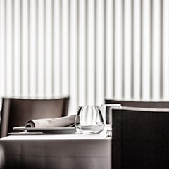 Més que Arrós: Locales gastronómicos de estilo  de Isho Design