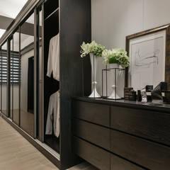 Dressing room by 存果空間設計有限公司
