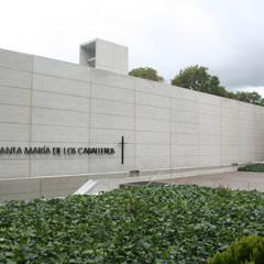 PAISAJISMO CAPILLA GIMNASIO CAMPESTRE: Jardines de estilo minimalista por concepto verde SAS