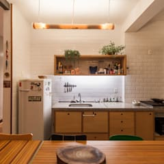 Kitchen by Aptar Arquitetura