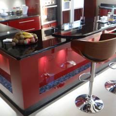 Casa AS: Cocinas de estilo  por A2H Arquitectos