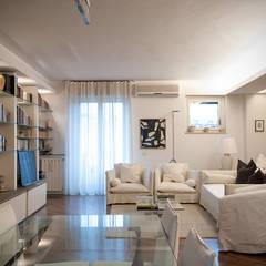 اتاق نشیمن by Orsini Architects