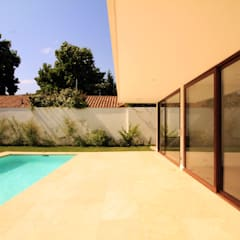 Terraza: Piscinas de estilo  por Carvallo & Asociados Arquitectos