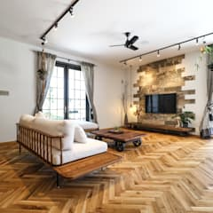 ヴィンテージナチュラルスタイルのショールーム: ジャストの家が手掛けたリビングです。