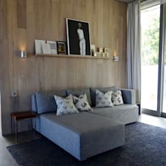 Private Residence - Camps Bay:  Media room by Turquoise , Modern