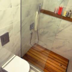 MİMPERA – Ebeveyn Banyo: iskandinav tarz tarz Banyo