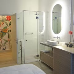 Shower and Vanity :  Hotels by Turquoise