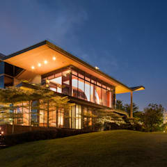 The House of Light at Sentosa Cove:  Rumah by E&U