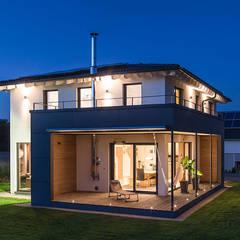 Eine extravagante Stadtvilla mit dem besonderen Etwas:  Häuser von KitzlingerHaus GmbH & Co. KG
