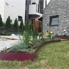 Garden by 가든디자인 뜰(garden design 뜰), Asian