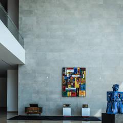 Interior Teatro de la Ciudad Irapuato: Centros de exhibiciones de estilo  por Grupo Link