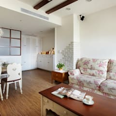 Living room by 弘悅國際室內裝修有限公司, Country Bricks