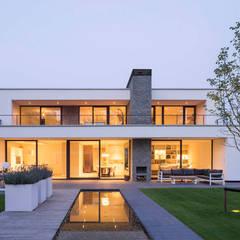 Villa in Teteringen:  Huizen door Broos de Bruijn architecten