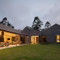 Houses by toroposada arquitectos sas