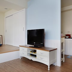 غرفة المعيشة تنفيذ 弘悅國際室內裝修有限公司