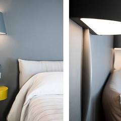 Casa en Sant Pau d'Ordal: Dormitorios de estilo  de Silvia R. Mallafré