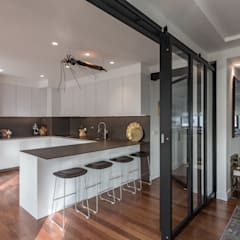 Kitchen by Architect Your Home