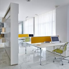Архитектурная студия Чадоが手掛けたオフィスビル