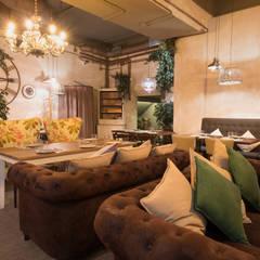 La Fábrica 21: Bares y Clubs de estilo  de Silleria Verges S.A