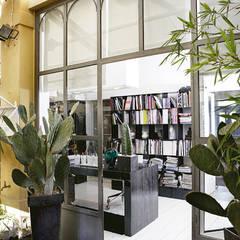 بيت زجاجي تنفيذ Daniele Franzoni Interior Designer - Architetto d'Interni