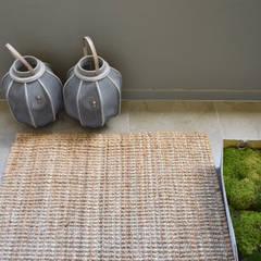 Varanda Tangerinas & Pêssegos: Terraços  por Tangerinas e Pêssegos - Design de Interiores & Decoração no Porto