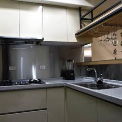 溫馨滿楹:  廚房 by 史賓宅安-Springzion